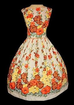 Vintage 50's Novelty Rose Garden FLORAL Print Cotton Bombshell Party Dress