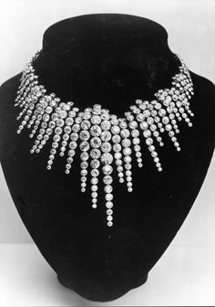 """Boucheron c1899. I agree with @Gretchen Nutz   - this would make a gorgeous """"Ice…"""