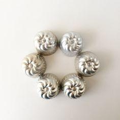 Vintage Jello Molds Mini Tart Tins Individual by AlegriaCollection