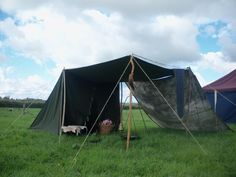 Unknown 'Dark Ages' tent, nicely simple style. All credit to the owner/creator. No further info or provenance available