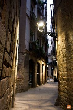 Barcelona is one of the oldest cities on the Iberian peninsula. Discover its past on this medieval route through the stories and legends of the Catalan capital. Barcelona Tourism, Iberian Peninsula, Old City, Past, Medieval, Roman, Trail, Old Things, Past Tense