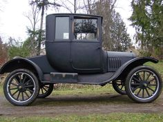 1922 Model T Ford Dr.'s coupe.