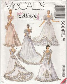 Wedding Bridal Bridesmaids Gowns Dress Victorian Style Bustle Uncut McCalls 5804