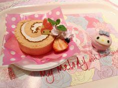 .+゚*。:゚+(๑◕ܫ←๑)ノ✰ - Source:amai-mames Pink Foods, Soft Foods, Snack Recipes, Dessert Recipes, Snacks, Desserts, Cute Food, Yummy Food, Kawaii Dessert