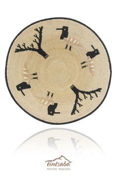 Tintsaba - Handmade sisal basket from Swaziland, Africa. 31cm www.tintsaba.com Sisal, Weaving, Africa, Basket, Pearl, Plates, Patterns, Tableware, Handmade