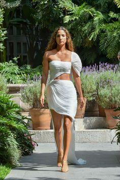 #MBFWMx #ManejaMéxico One Shoulder, Shoulder Dress, Dresses, Fashion, Vestidos, Moda, Fashion Styles, Dress, Fashion Illustrations