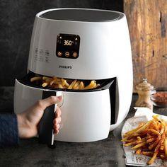 Useful kitchen gadgets - air fryer tips.just got an Air Fryer.it is amazing Cooking Gadgets, Cooking Tips, Cooking Recipes, Cooking Pork, Skillet Recipes, Healthy Fries, Air Fried Food, Air Fry Recipes, Power Air Fryer Recipes