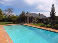 House for sale in Noordhoek for R 3450000 with web reference 101368400 - Jawitz False Bay/Noordhoek