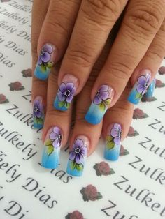 French Tip Nail Designs, Flower Nail Designs, New Nail Designs, French Tip Nails, American Nails, Nails Design With Rhinestones, Fingernail Designs, Fabulous Nails, Flower Nails