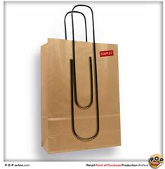 staples-paperclip-shopping-bag-cool-packaging-retail-point-of-sale-print-production-blog.jpg (600×615)