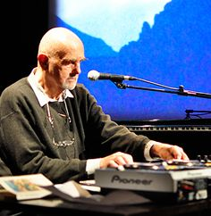 Hans-Joachim Roedelius ~ Cluster innovations
