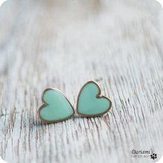 Minty green heart earrings