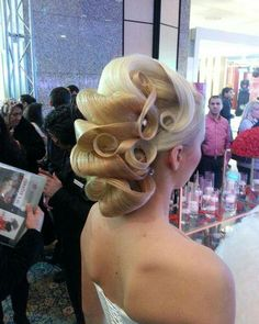 Creative Beautiful Updos