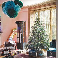 Festliche Wohnzimmer mit Papier Dekorationen Wohnideen