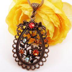 Elegante Halskette aus Kupfer in Paisley Form mit von Schmucktruhe, €16.50