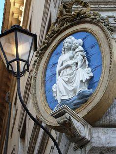 Roma, Palazzo Chigi, Ovale d'angolo di Luca Della Robbia