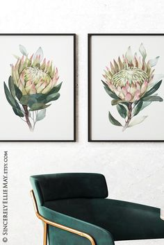 A real talking piece, this set of 2 proteas comes as instant download, easy to print. #homeofficedecor #flowerstyle #business #entrepreneur #worklife #inspirational #inspiring #etsyshop
