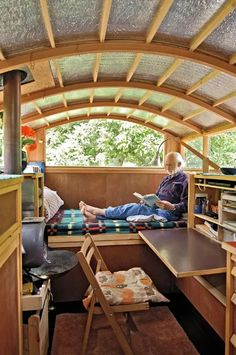 How To Get A Fabulous Ford Camper Van Interior Tiny House On A Tight Budget The Van Is Wholly Self Contained And Certified Meaning That It Has The Capability To Legally Park In A Large Variety Of Wilderness Areas Throughout N Tiny House Living, Rv Living, Small Living, Gypsy Trailer, Campervan Interior, Gypsy Wagon, Interior Decorating, Interior Design, Design Design
