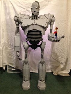 Amazing Cool Lego Machine Builds That Work // [http://theendearingdesigner.com/10-cool-lego-machine-constructions-that-you-never-imagined-possible/]