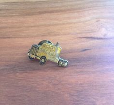 Hey, I found this really awesome Etsy listing at https://www.etsy.com/listing/386306666/vintage-semi-truck-pin