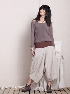 The Holiday /loose crane fork pants/4 colors/custom made. $68.00, via Etsy.