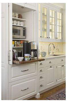 Classic Kitchen, New Kitchen, Kitchen Decor, Kitchen Ideas, Pantry Ideas, Kitchen Small, Small Pantry, Smart Kitchen, Ideas For Small Kitchens