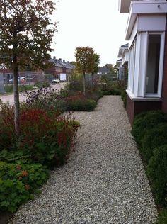 Aanleg tuin met grind te Teteringen