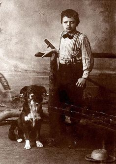 "The author Jack London with his collie Rollo. ""The Call of the Wild"", ""White Fang"" and more."