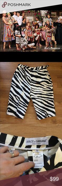 Dolce & Gabbana zebra print Cropped shorts size 42 Dolce & Gabbana shorts size 42 in good preowned condition Dolce & Gabbana Shorts