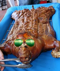 So you want to roast a whole pig? Want the coveted title of bbq hero and the immeasurable adulation of carnivorous friends? Then you need a way to roast a whole...