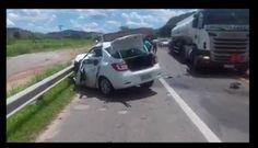 Acidente com vítima fatal na BR 101 envolve carro da VIX e caminhão.