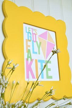 "FREE Printable: ♪""Let's go fly a kite and send it soaring!""♫"