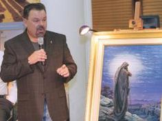 Thomas Kinkade, painter of light, dies at 54. I grew up seeing his beautiful paintings.