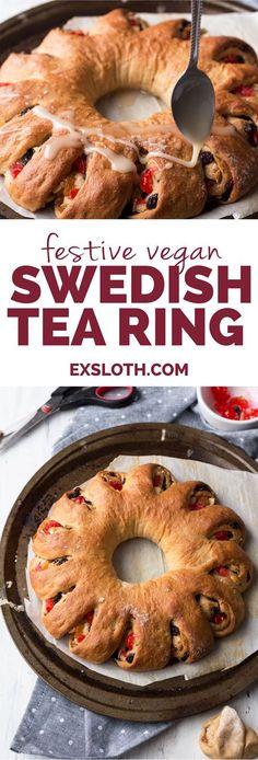 This festive vegan tea ring is a vegan take on a Christmas breakfast favourite: a Swedish tea ring   http://ExSloth.com