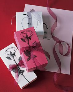 DiY gift wrap tutorial. These look gorgeous!