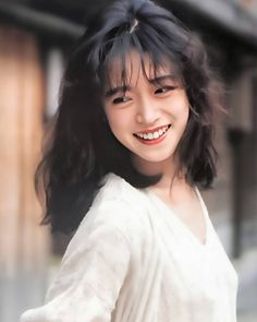 80s Fashion, I Love Fashion, Asian Model Girl, Aesthetic Japan, Fluffy Hair, Fresh Hair, Actor Model, Girl Face, Beauty Women