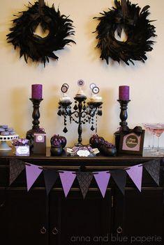 Elegante mesa de dulces para Halloween