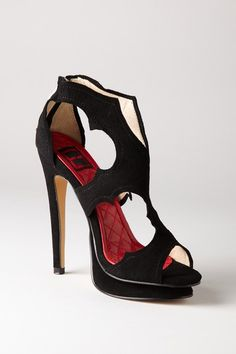 Emelio Frank - Nia Platform  Im finding black shoes are just my go to...