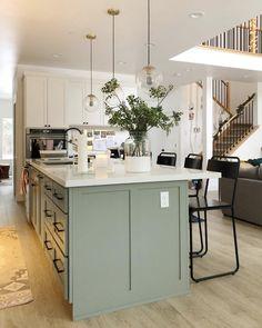 Kitchen Room Design, Kitchen Redo, Home Decor Kitchen, Kitchen Interior, New Kitchen, Home Kitchens, Kitchen Remodel, Green Kitchen Decor, Warm Kitchen Colors