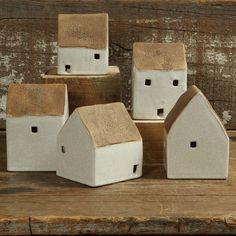 Clay Houses, Ceramic Houses, Miniature Houses, Wooden Houses, Art Houses, Diy Clay, Clay Crafts, Wood Crafts, Small Wooden House