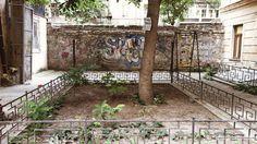 Random Odessa courtyard picture.