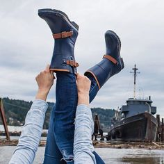 Gear up for grey skies and be prepared for snowy or rainy adventures in our Walker Fog rain boots. @r.sonderegger