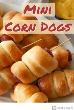 State Fair Party, State Fair Food, Carnival Party Foods, Diy Carnival, Carnival Birthday, Carnival Games, Party Food Hot Dogs, Corndog Recipe, Mini Corn Dogs