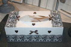boite à mouchoirs shabby grise et blanche dentelle et coeurs : Boîtes, coffrets par les-creadesab Tissue Box Covers, Tissue Boxes, Decoupage, Wooden Boxes, Handicraft, Decorative Boxes, Girly, Scrapbook, Shabby