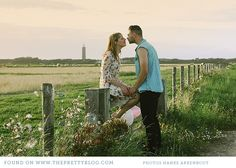beach couple shoot by Hanke Arkenbout Photography