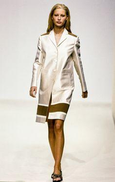 Prada Spring 1996 Ready-to-Wear Fashion Show - Kristen McMenamy–