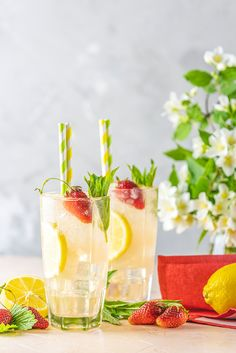 Another spritzer that is a must try. This makes a delicious cocktail to serve with brunch or just to sip on a relaxing afternoon. Spring Cocktails, Spring Has Sprung, Lemon Grass, Cocktail Recipes, Brunch, Strawberry, Table Decorations, Ethnic Recipes, How To Make