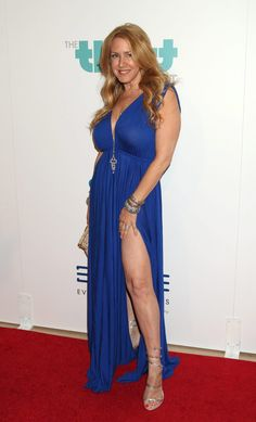 Joely Fisher, Celebrities Then And Now, Hayley Atwell, Aged To Perfection, Beautiful Women, Celebs, Singer, Actresses, Formal Dresses