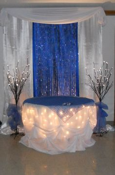 Blue and gold table covers Add color to the room and draw together the wedding party by using colored tablecloths? Description from pinterest.com. I searched for this on bing.com/images