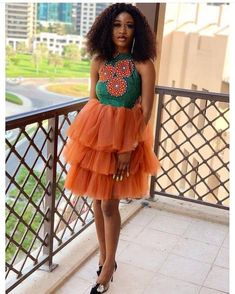 Latest African Casual Dresses : Best Fashion Inspiration to Look AwesomeThese casual outfits have been designed with ageless pattern that bring out the sentiment of rich hues, warm temperatures an African Party Dresses, African Lace Dresses, African Fashion Dresses, Unique Ankara Styles, Ankara Long Gown Styles, Ankara Gowns, Ankara Dress, Dress Styles, Event Dresses